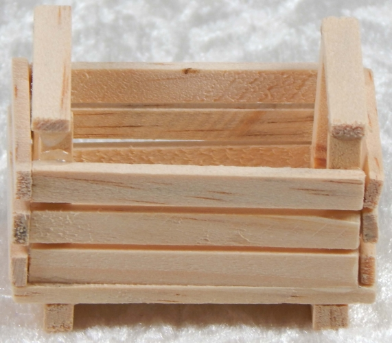 WOODEN MINIATURE CRATE FOR CRIB. DEK003543