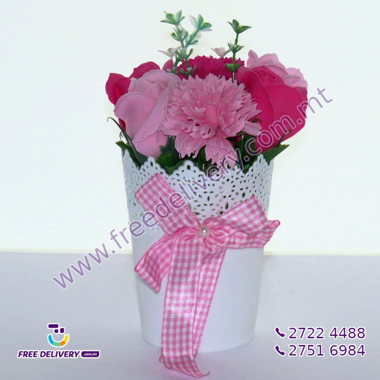 BUNCH OF PINK FLOWERS IN A POT 20CM – MISC080041